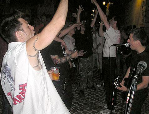 21 juin : Orléans : Bar Le Carreau des Halles